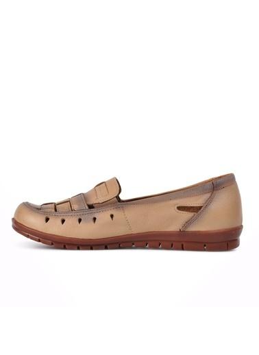 Ayakmod 429 Siyah Hakiki Deri Kadın Günlük Ayakkabı Krem
